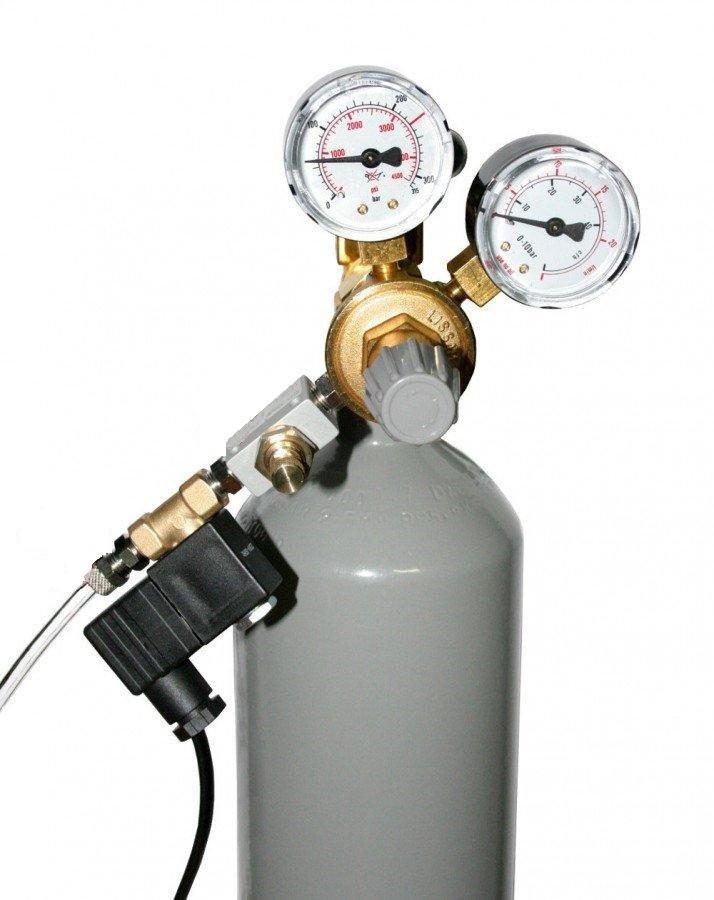 Kompletní CO2 set s 2,1 l lahví s nočním vypínáním s pH kontrolérem