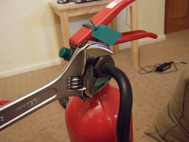 hasicí přístroj 1